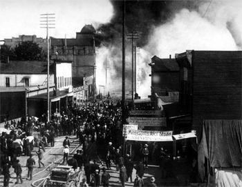 Le grand incendie de Seattle en juin 1899