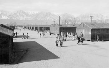 Le camp de Manzanar en 1943