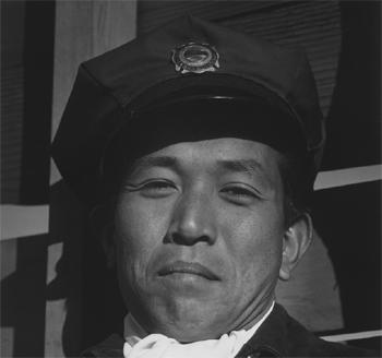 <h2>Mitsuo MATSURO, sapeur-pompier</h2>