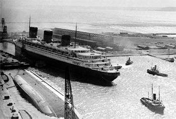 Le Normandie quitte le Havre en 1939