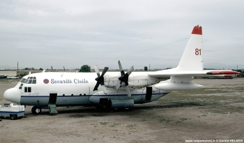 <h2>Avion bombardier d'eau Lockheed C-130 Hercules</h2>