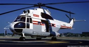 <h2>Hélicoptère bombardier d'eau Aérospatiale SA-330B Puma</h2>