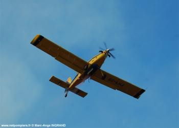 <h2>Avion bombardier d'eau léger Air Tractor AT-802</h2>