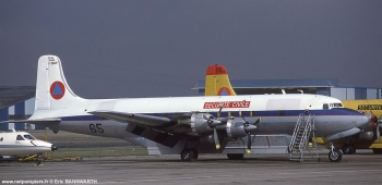 <h2>Avion bombardier d'eau Douglas DC-6B Pélican 65</h2>