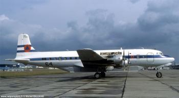 <h2>Avion bombardier d'eau Douglas DC-6B Pélican 64</h2>