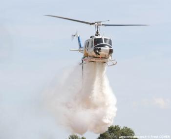 #48 - Equipé d'un kit HBE Fire-Attack de 1 400 litres. L'appareil est loué par AVDEF au Service départemental incendie secours du Var (SDIS 83) Photographie Frank COHEN - 2007