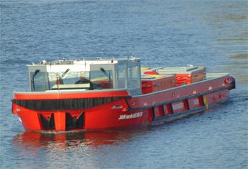 #416 - Bateau-pompe service à Amsterdam mis en service en 2017. Long de 17.6 mètres. Capacité hydraulique de 28 000 l/min. Photographie Danny REIJNE - 2017