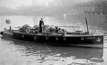 Bateau-pompe Pyronaut (Phoenix II) vers 1938