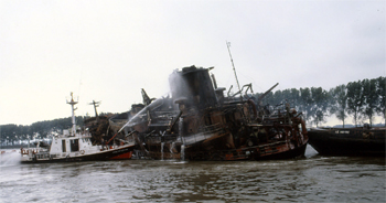 Le bateau-pompe Caporal-chef Henri Jean de Rouen