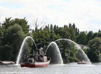 <h2>Bateau-pompe Commandant Filleau - Bordeaux - France</h2>