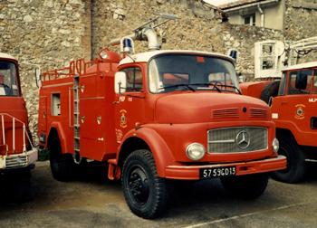 Véhicule poudre, Marins-pompiers de Marseille, Bouches-du-Rhône (13)