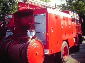 <h2>Fourgon-pompe tonne léger -  ()</h2>