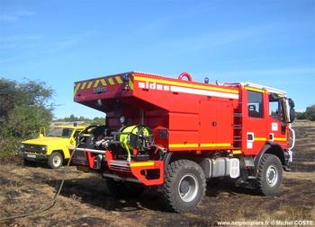 Camion-citerne pour feux de forêts, Sapeurs-pompiers, Aveyron (12)