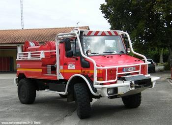 <h2>Camion-citerne pour feux de forêts - Captieux - Gironde (33)</h2>