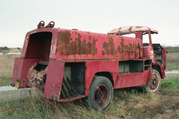 <h2>Camion-citerne d'incendie - Le Bois-d'Oingt - Rhône (69)</h2>