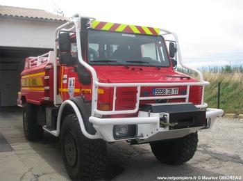 <h2>Camion-citerne pour feux de forêts - Saint-Pierre-d'Oléron - Charente-Maritime (17)</h2>