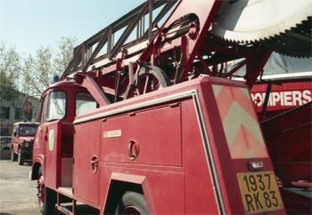Echelle sur porteur, Sapeurs-pompiers, Var (83)