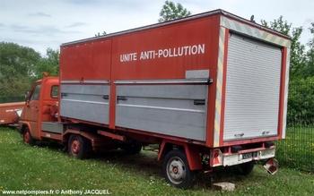 Véhicule de dépollution, Sapeurs-pompiers, Ain (01)