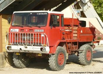 Camion-citerne pour feux de forêts, Service de sécurité incendie, Bouches-du-Rhône (13)