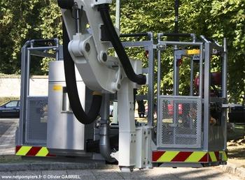 <h2>Camion bras élévateur articulé - Val-d'Oise (95)</h2>