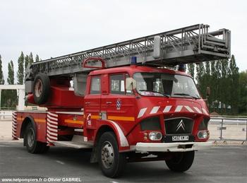 <h2>Echelle pivotante - Rambouillet - Yvelines (78)</h2>