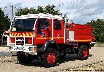<h2>Camion-citerne pour feux de forêts - Gençay - Vienne (86)</h2>