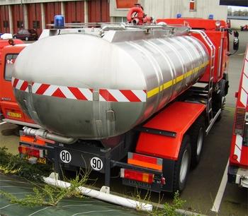 <h2>Camion-citerne de grande capacité - Sarthe (72)</h2>