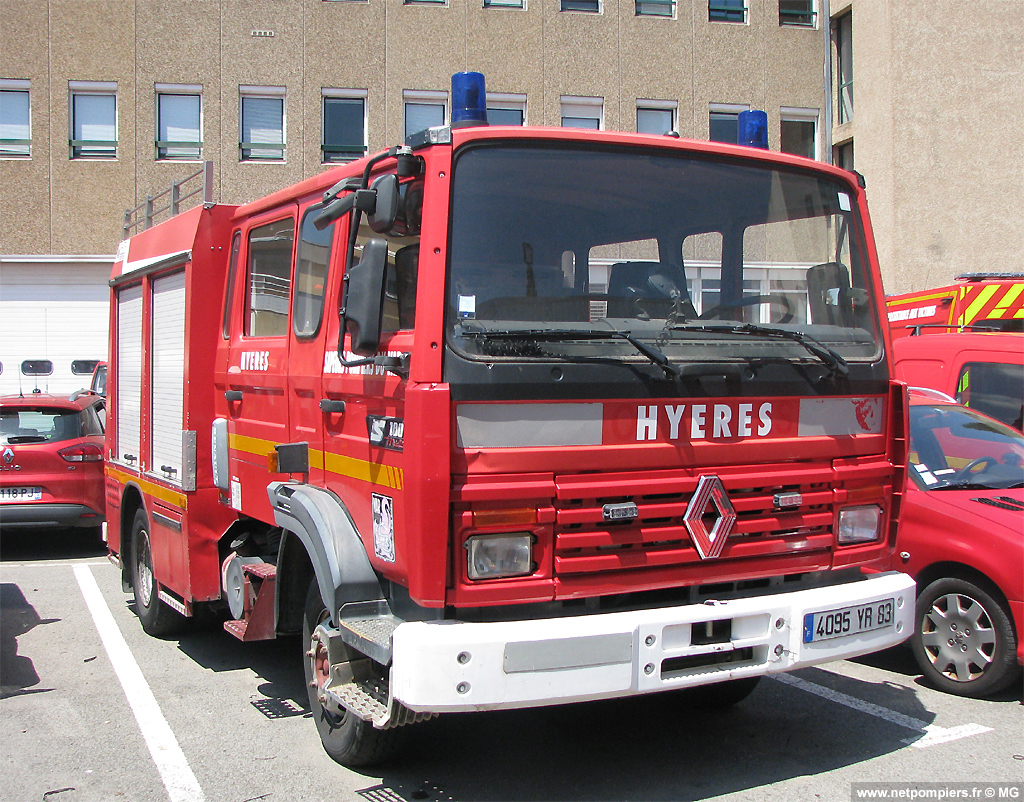 Fourgon-pompe tonne léger, Sapeurs-pompiers, Var (83)