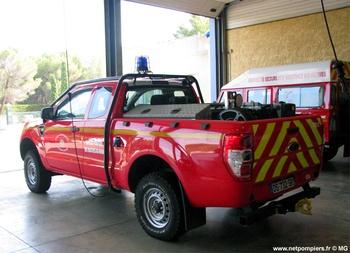 <h2>Camion-citerne pour feux de forêts léger - Saint-Mitre-les-Remparts - Bouches-du-Rhône (13)</h2>