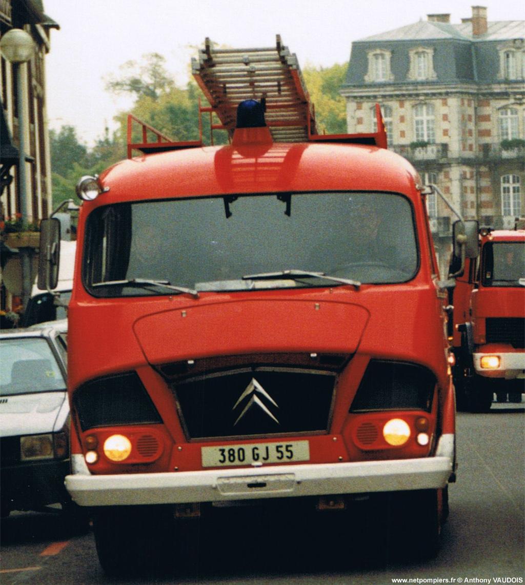 <h2>Fourgon d'incendie - Clermont-en-Argonne - Meuse (55)</h2>