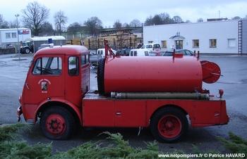 <h2>Camion-citerne d'incendie - Allier (03)</h2>