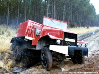 Camion-citerne pour feux de forêts, Sapeurs-pompiers, Gironde (33)