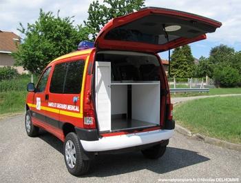 Véhicule radio médicalisé, Sapeurs-pompiers, Ain (01)