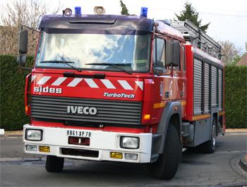 Véhicule mousse, Sapeurs-pompiers, Yvelines (78)