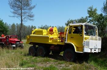 <h2>Camion-citerne pour feux de forêts - Lugos - Gironde (33)</h2>
