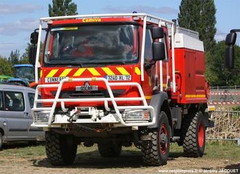 <h2>Camion-citerne pour feux de forêts - Connerré - Sarthe (72)</h2>