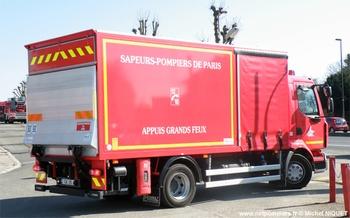 Camion d'accompagnement / Appuis grands feux, Sapeurs-pompiers de Paris,  ()