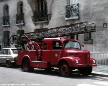 Echelle sur porteur, Sapeurs-pompiers de Paris,  ()