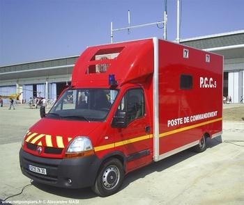 Véhicule poste de commandement, Sapeurs-pompiers, Gard (30)