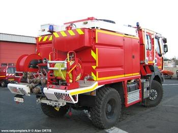 <h2>Camion-citerne pour feux de forêts - Agde - Hérault (34)</h2>