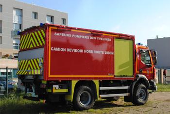<h2>Dévidoir automobile - Saint-Arnoult-en-Yvelines - Yvelines (78)</h2>