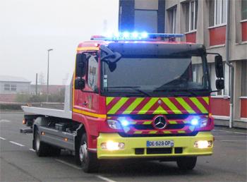 Véhicule porte-engin, Sapeurs-pompiers, Sarthe (72)