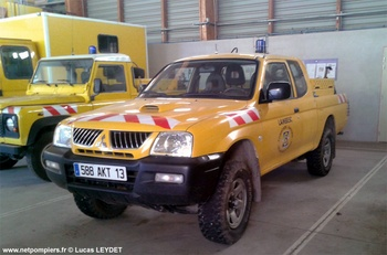 <h2>Camion-citerne pour feux de forêts léger - Lambesc - Bouches-du-Rhône (13)</h2>