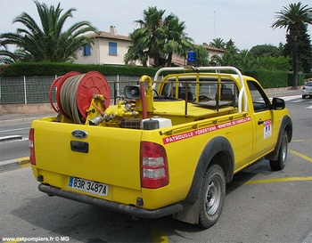 Camion-citerne pour feux de forêts léger, Défense des forêts contre les incendies, Var (83)