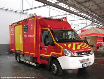 Véhicule pour interventions à risques technologiques, Sapeurs-pompiers, Yvelines (78)