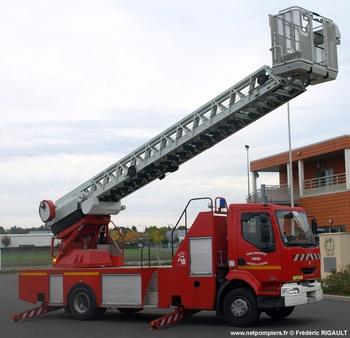 Echelle pivotante, Sapeurs-pompiers, Indre (36)