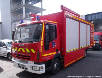 Véhicule pour interventions à risques technologiques, Sapeurs-pompiers, Vienne (86)