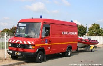 <h2>Véhicule de secours nautique - Montargis - Loiret (45)</h2>