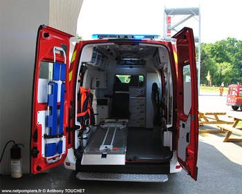 <h2>Véhicule de secours et d'assistance aux victimes - Angers - Maine-et-Loire (49)</h2>