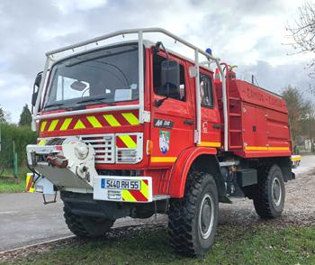 <h2>Camion-citerne pour feux de forêts - Montmédy - Meuse (55)</h2>